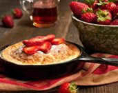 Strawberry Souffle Pancake