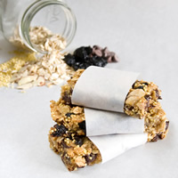 Vanilla Bean Cherry Chocolate Granola Bars