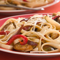 Fettuccini with Spicy Chicken Sausage and Pear