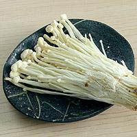 Enoki Mushrooms: Main Image