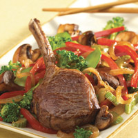 Pacific Rim Lamb Rib Chops with Stir-Fry: Main Image
