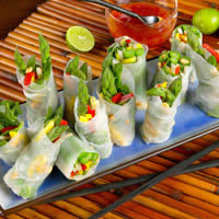 master.k.m.us.Asparagus Spring Rolls with Sweet Red Chili Dipping Sauce Sundried Tomato and Herb Baked Eggs