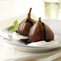 Spiced Port Poached Figs with Honeyed Cream: Main Image