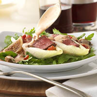 Steak and Olive Hors d'oeuvres with Fig Dressing: Main Image