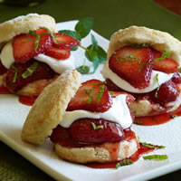 Strawberry Shortcake Sliders: Main Image