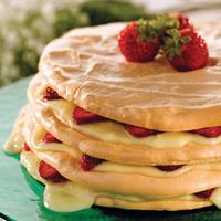 Meringue Torte: Main Image