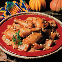 Chicken Baked with Pumpkin and Peanuts: Main Image
