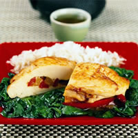 Pepper Stuffed Chicken Breasts with Spinach: Main Image