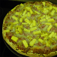 Canadian Bacon, Pineapple, and Banana Pepper Pizza: Main Image