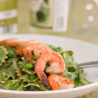 Spinach Basil Pesto Pasta and Shrimp: Main Image