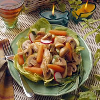Warm Mushroom and Chicken Salad Provencal: Main Image