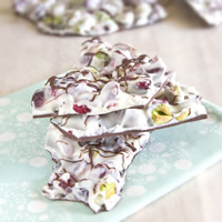 master.k.m.us.MM Chocolate Cranberry Pistachio Bark Taste of the Season