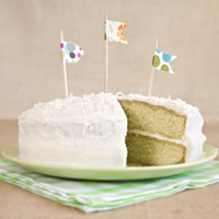 Matcha Vanilla Bean Cake with Coconut Buttercream Icing: Main Image