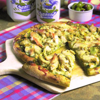 Chicken Pesto Pizza: Main Image