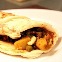 Spicy Samosa Wraps with Tamarind Chutney: Main Image