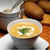 Creamy Potato Leek Soup with Tangy Tarragon Drizzle: Main Image
