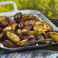 Flame-Licked Fingerling Potatoes with Spud Rub: Main Image