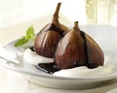 Spiced Port Poached Figs with Honeyed Cream
