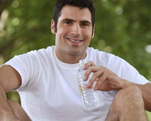 Can Drinking More Water Help You Lose Weight?: Main Image