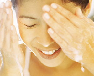 5 Essential Products for Youthful Skin: Main Image