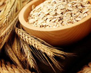 Oats Beat Back Cholesterol: Main Image