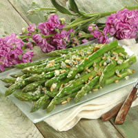 Asparagus with Blue Cheese and Pine Nuts: Main Image