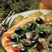 California-Style Grilled Pizzetta: Main Image