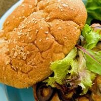 Smoked Cheddar Chicken Burger: Main Image