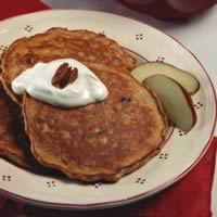 Apple-Bran Pancakes: Main Image