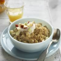 Apple Cinnamon Oatmeal with an Egg Boost: Main Image
