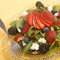 Strawberry Spinach Salad: Main Image