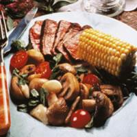 Grilled Mushroom and Garlic Salad: Main Image