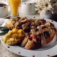 Mushroom Breakfast Bruschetta: Main Image