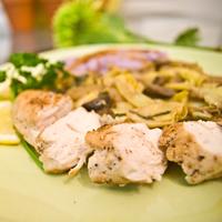 Chicken Breasts and Mushroom Artichoke Ragu: Main Image