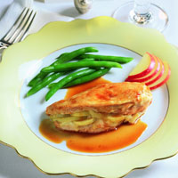 Brie and Apple Chicken Breasts: Main Image