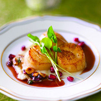 Seared Diver Sea Scallops with Toasted Hazelnut-Pomegranate Butter Sauce: Main Image