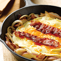 Bacon, Egg, and Red Potato Skillet: Main Image